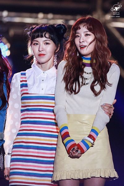 Tags: K-Pop, Red Velvet, Kang Seul-gi, Wendy
