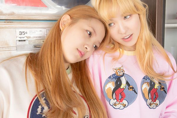 Tags: K-Pop, Red Velvet, Ice Cream Cake (Song), Yeri, Wendy, Blonde Hair, Wallpaper