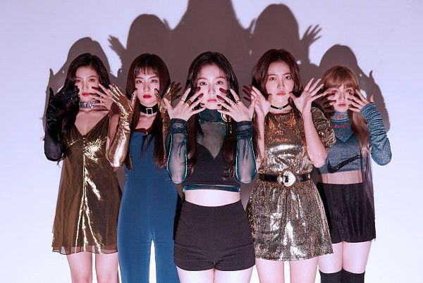 Tags: SM Town, K-Pop, Red Velvet, Peek A Boo, Joy, Wendy, Kang Seul-gi, Irene, Yeri, Shadow, Quintet, Full Group