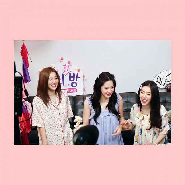 Tags: K-Pop, Red Velvet, Kang Seul-gi, Irene, Yeri