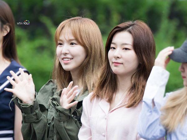Tags: SM Town, K-Pop, Red Velvet, Wendy, Kang Seul-gi, Wave