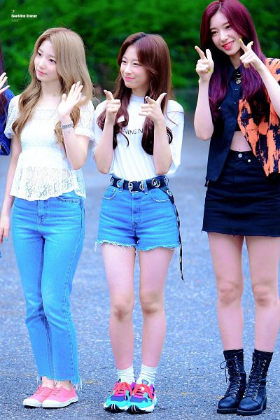 Tags: K-Pop, Rocket Punch, Kim Suyun, Yeonhee, Yunkyoung