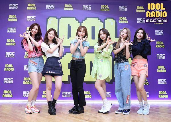 Tags: K-Pop, Rocket Punch, Kim Suyun, Yeonhee, Kim Sohee (Rocket Punch), Jeong Dahyun, Yunkyoung, Takahashi Juri