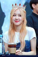 Rosé (singer)