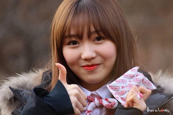 Tags: K-Pop, Lovelyz, Ryu Sujeong, Red Lips, Bangs, Wallpaper