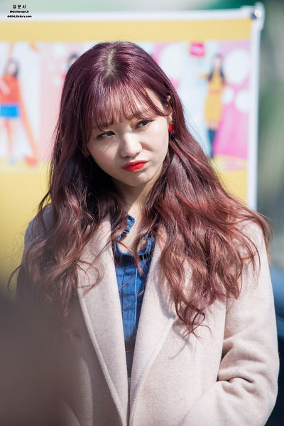 Tags: K-Pop, Lovelyz, Ryu Sujeong, Bangs, Android/iPhone Wallpaper