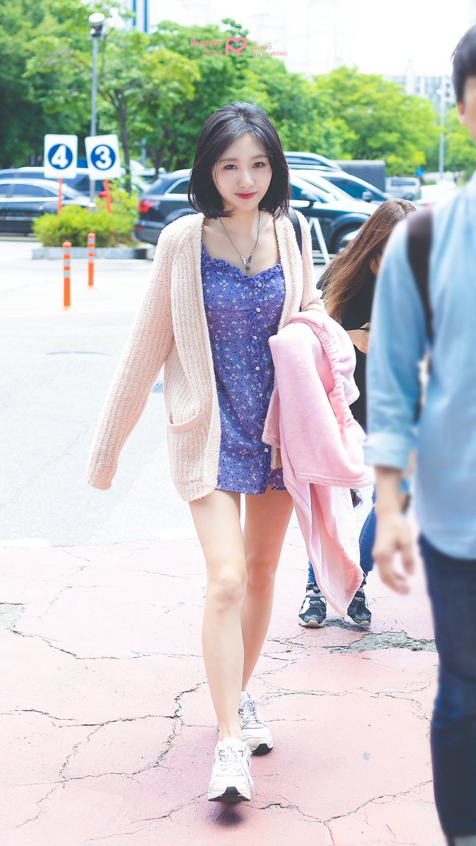 Tags: K-Pop, Lovelyz, Ryu Sujeong, Medium Hair, Bare Legs, Shoes, Blue Dress, Sneakers, Necklace, White Jacket, Walking, White Outerwear