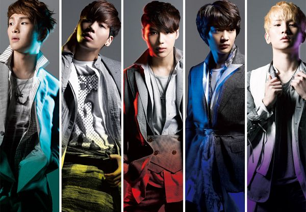 Tags: K-Pop, SHINee, Key (Shinee), Kim Jonghyun, Onew, Taemin, Choi Minho, Quintet, Gray Jacket, Tie, Looking Away, Full Group