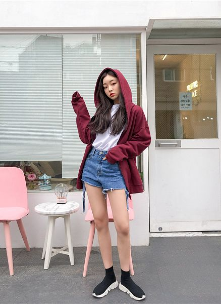 Tags: Fashion, Sae-eun, Make Up, Outdoors, Hand In Pocket, Bare Legs, Sneakers, Shoes, Red Jacket, Hood, Pouting, Wavy Hair