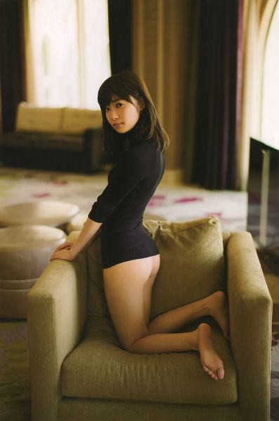 Tags: J-Pop, AKB48, Sashihara Rino, Butt, Bare Legs, Suggestive, Barefoot, Scandal Addiction Photobook, Scan, Android/iPhone Wallpaper