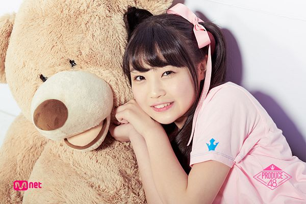 Tags: J-Pop, Television Show, AKB48, Sato Minami, Stuffed Animal, Short Sleeves, Text: Series Name, Twin Tails, Bow, Close Up, Stuffed Toy, Hair Bow