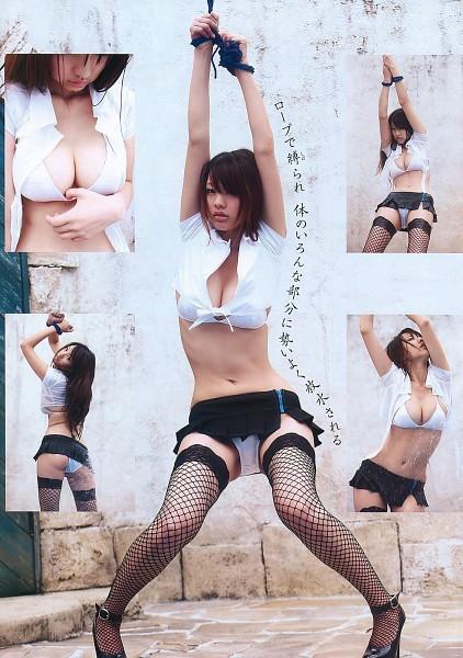 Tags: Sayuki Matsumoto, Japanese Text, High Heels, Skirt, Cleavage, Miniskirt, Suggestive, Black Skirt, Tie, Rope, Panties, Lingerie