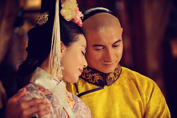 Tags: C-Drama, Nicky Wu, Liu Shishi, Hair Ornament, Hand On Shoulder, Couple, Traditional Clothes, Partially Bald, Yellow Dress, Yellow Outfit, Head On Shoulder, Duo
