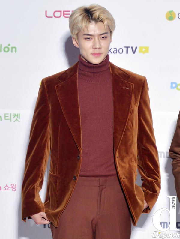 Tags: SM Town, EXO, Sehun, Red Carpet, Dispatch