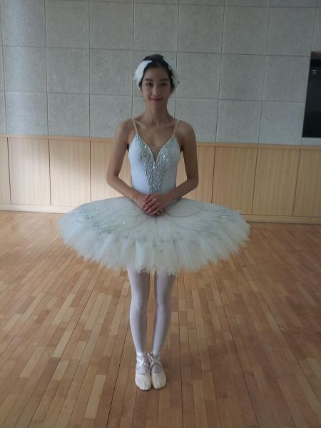 Tags: K-Drama, Seo Ye-ji, Shoes, Ballet Shoes, Ballet, Android/iPhone Wallpaper