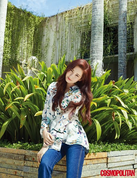 Tags: SM Town, K-Pop, Girls' Generation, Seohyun, Cosmopolitan, Magazine Scan