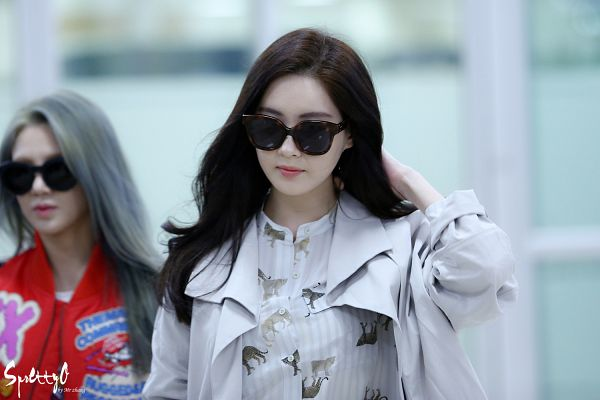 Tags: K-Pop, Girls' Generation, Seohyun, Kim Hyo-yeon, Sunglasses, Gray Hair, Red Jacket, Striped Shirt, Red Outerwear, Striped, Hand In Hair, Covering Eyes