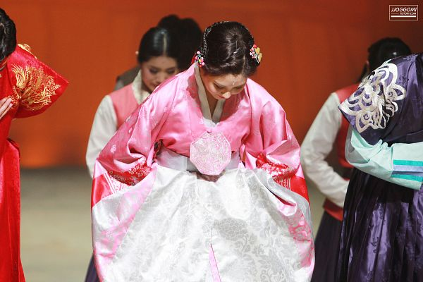Tags: K-Pop, Girls' Generation, Seohyun, Pink Outfit, Hair Up, Hair Ornament, Skirt, Eyes Closed, Bow, Traditional Clothes, Hanbok, Bend Over