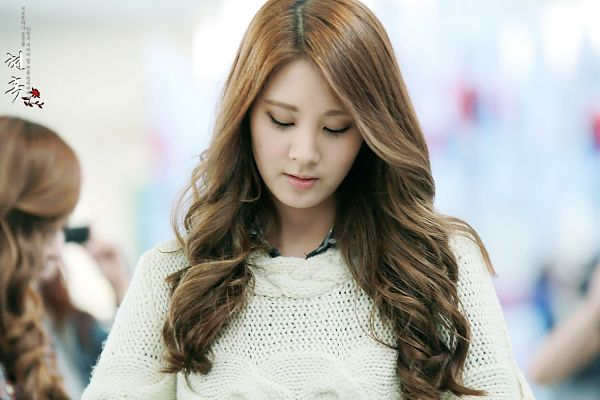 Tags: SM Town, K-Pop, Girls' Generation, Seohyun, Eyes Closed, Sweater, Wavy Hair, Wallpaper