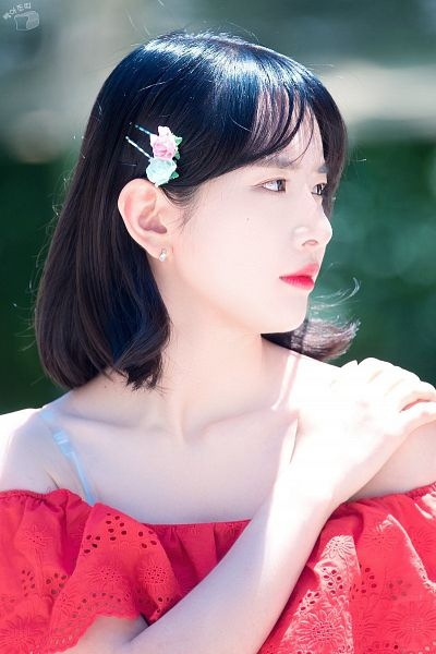 Tags: K-Pop, Cosmic Girls, SeolA, Red Lips, Hair Ornament, Red Shirt, Bare Shoulders, Hand On Shoulder, Looking Away, Hair Clip
