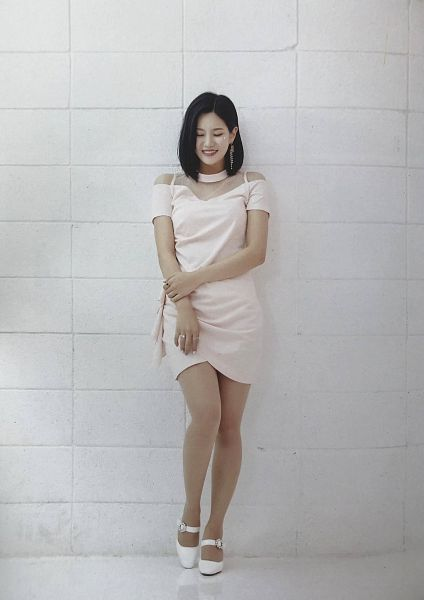 Tags: K-Pop, Berry Good, Seoyul, Medium Hair, Wall, White Outfit, Eyes Closed, White Footwear, Grin, Ring, White Dress, Fantastic