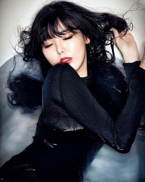Tags: K-Pop, Dal Shabet, Serri, Hand In Hair, Water, Wet, Red Lips, In Water, Wet Hair