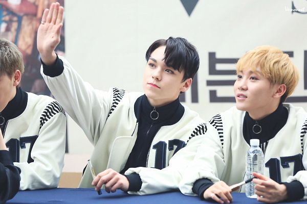 Tags: K-Pop, Seventeen, Boo Seungkwan, Vernon