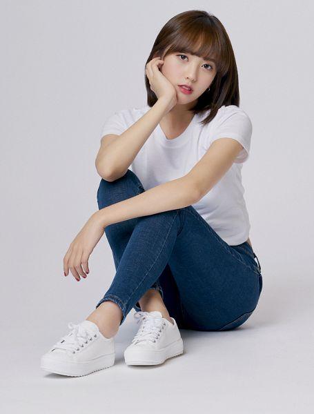 Tags: K-Pop, Uni.T, Shin Yoonjoo