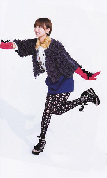 Tags: J-Pop, AKB48, Shinoda Mariko, Gravure The Television, Magazine Scan