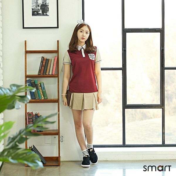 Tags: K-Pop, G-friend, SinB, Short Sleeves, Full Body, Black Footwear, Window, Hair Ornament, School Uniform, Book, Brown Skirt, Hair Bow