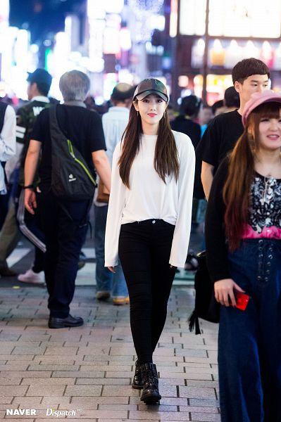 Tags: K-Pop, G-friend, SinB, Walking, Hat, Make Up, Dispatch