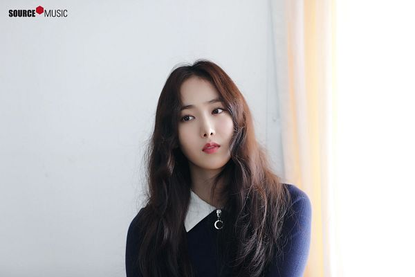 Tags: K-Pop, G-friend, SinB, Window, Blue Shirt, Curtain, Serious, Looking Ahead