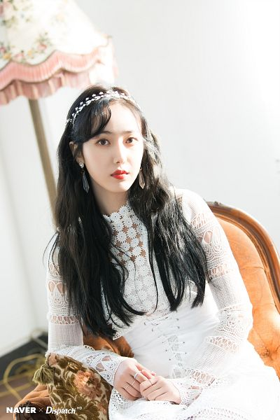 Tags: K-Pop, G-friend, SinB, Ring, Lamp, Red Lips, White Dress, Black Eyes, Sitting On Chair, Chair, White Outfit, Armchair