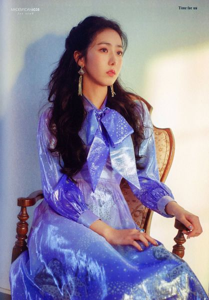 Tags: K-Pop, G-friend, SinB, Serious, Ring, Looking Ahead, Blue Dress, Blue Outfit, Time For Us