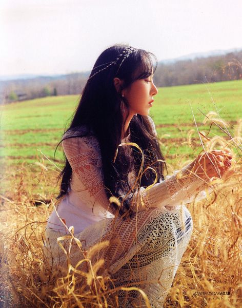 Tags: K-Pop, G-friend, SinB, White Outfit, White Dress, Hair Ornament, Crouching, Grass, Time For Us