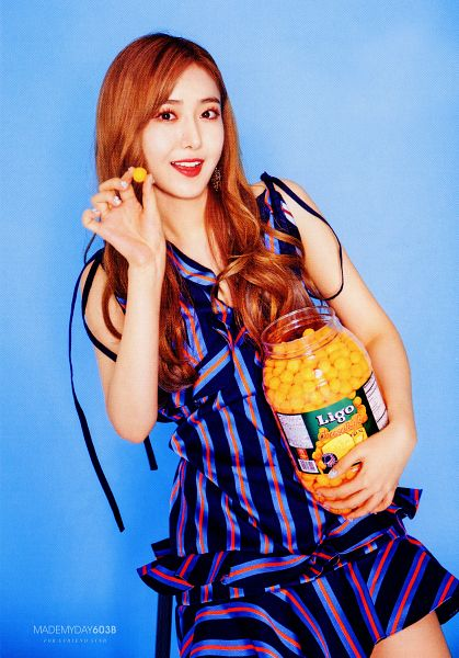 Tags: K-Pop, G-friend, SinB, Red Lips, Blue Background, Blue Dress, Red Hair, Fries, Blue Outfit, Vegetables