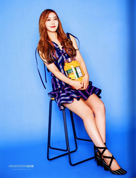 Tags: K-Pop, G-friend, SinB, Blue Dress, Fries, Blue Outfit, Vegetables, Red Lips, Blue Background