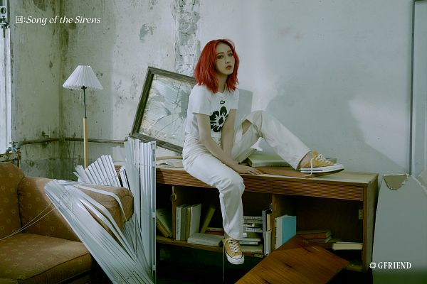 Tags: K-Pop, G-friend, SinB, Red Hair, Serious, White Pants, Lamp, Couch, Song of the Sirens