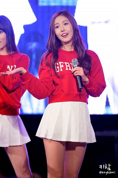 Tags: G-friend, SinB, Red Shirt, Looking Ahead, White Skirt, Live Performance, Android/iPhone Wallpaper
