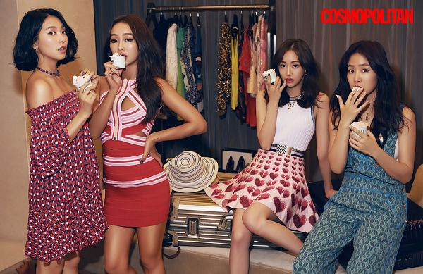 Tags: Starship Entertainment, K-Pop, Sistar, Bora, Hyorin, Soyou, Dasom Kim, Eating, Four Girls, Text: Magazine Name, Sleeveless Dress, Sleeveless