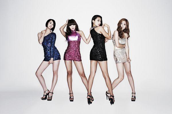 Tags: Starship Entertainment, K-Pop, Sistar, So Cool, Bora, Soyou, Hyorin, Dasom Kim, Bare Back, Sleeveless, Sexy Pose, Back