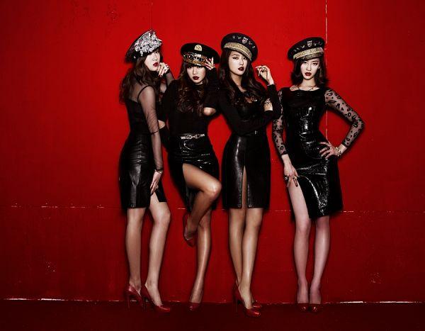 Tags: Starship Entertainment, K-Pop, Sistar, Alone, Bora, Hyorin, Soyou, Dasom Kim, High Heels, Red Background, Full Group, Leg Up