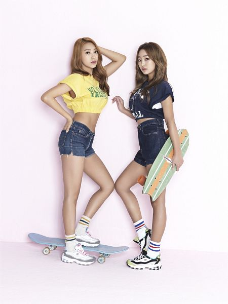 Tags: K-Pop, Sistar19, Sistar, Bora, Hyorin, Standing On One Leg, Sneakers, Denim Shorts, Shoes, Two Girls, Midriff, Skateboard