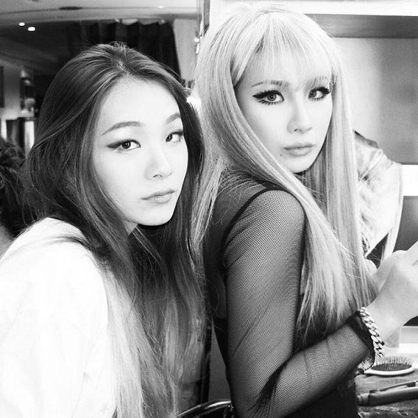 Tags: K-Pop, 2NE1, CL, Lee Harin, Sisters, Two Girls, Duo, Monochrome, Siblings, Black Eyes, Family, Instagram