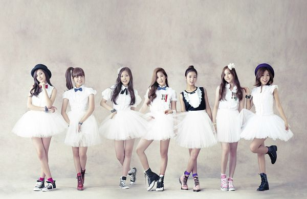 Tags: K-Pop, Apink, Oh Ha-young, Son Na-eun, Yoon Bo-mi, Park Cho-rong, Jung Eun-ji, Kim Nam-joo, Hong Yoo-kyung, Full Body, Group, Standing On One Leg