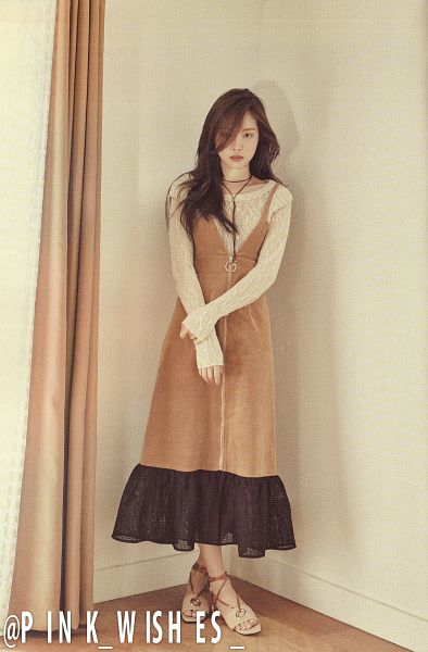 Tags: K-Pop, Apink, Son Na-eun, Curtain, Brown Dress, Brown Outfit, Peek-a-boo Bang, Crossed Legs (Standing), Android/iPhone Wallpaper, Scan, Pink Revolution