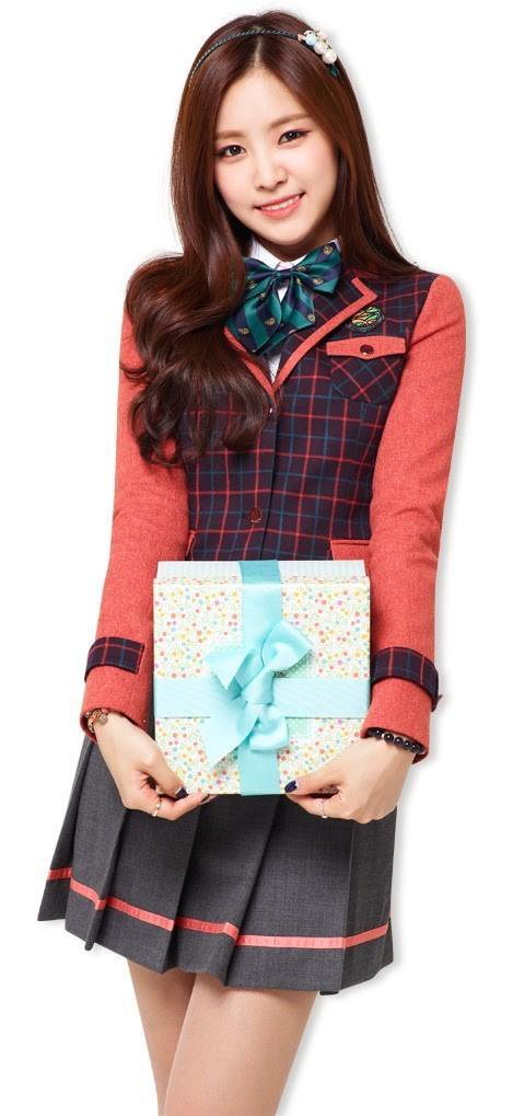 Tags: K-Pop, Apink, Son Na-eun, Ring, Gift, School Uniform, Bracelet, Skoolooks