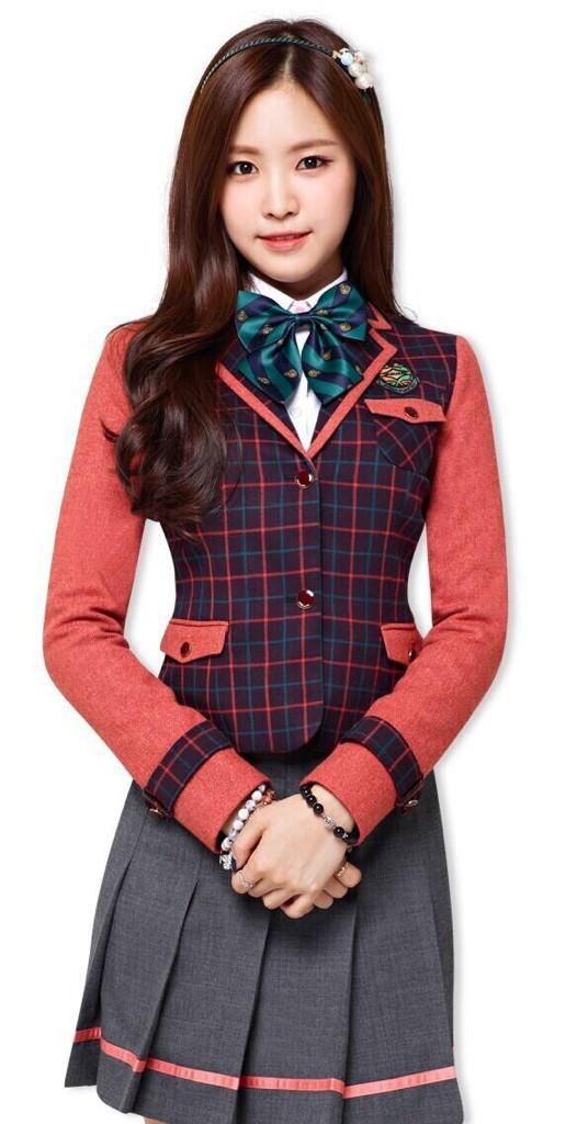 Tags: K-Pop, Apink, Son Na-eun, Bracelet, Ring, School Uniform, Skoolooks