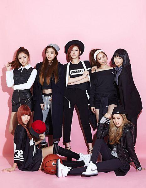 Tags: K-Pop, Sonamoo, High.D, Ji Sumin, Hong Euijin, Kim Nahyun, D.ana, NewSun, Seong Minjae