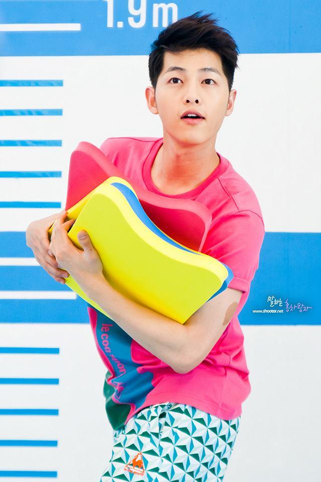 Tags: K-Drama, Song Joong-ki, Le Coq Sportif